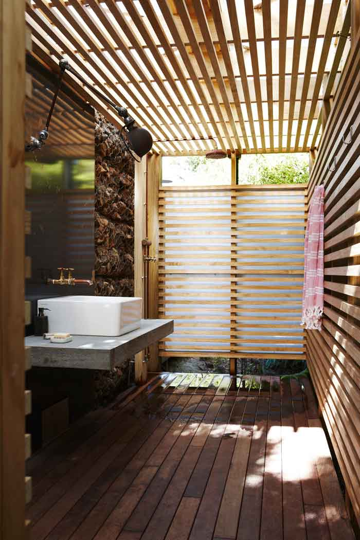 The gogo bach by herbst architects the design guide for Room design nz