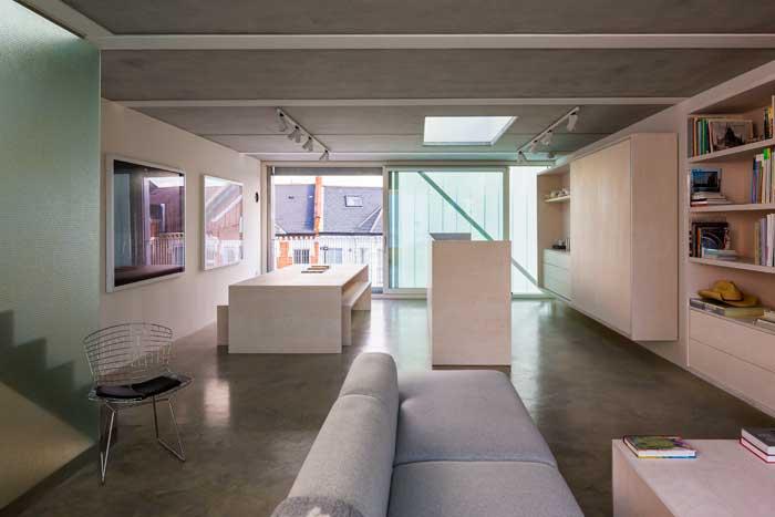 Slip House living floor