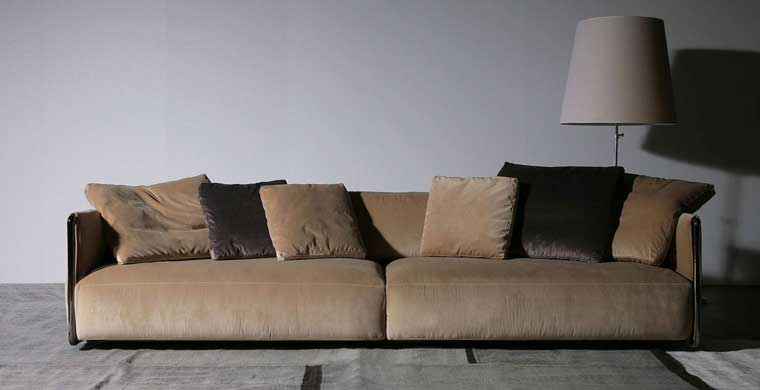 Edmond sofa by Flexform