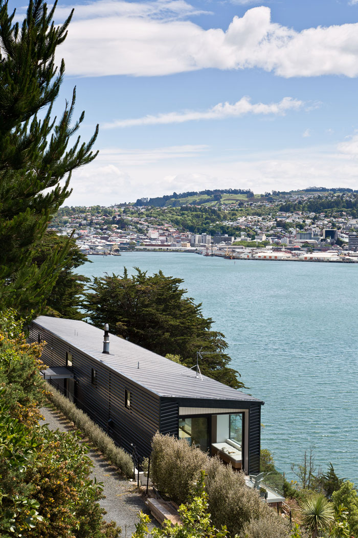 KerrRitchie Dunedin house metal cladding