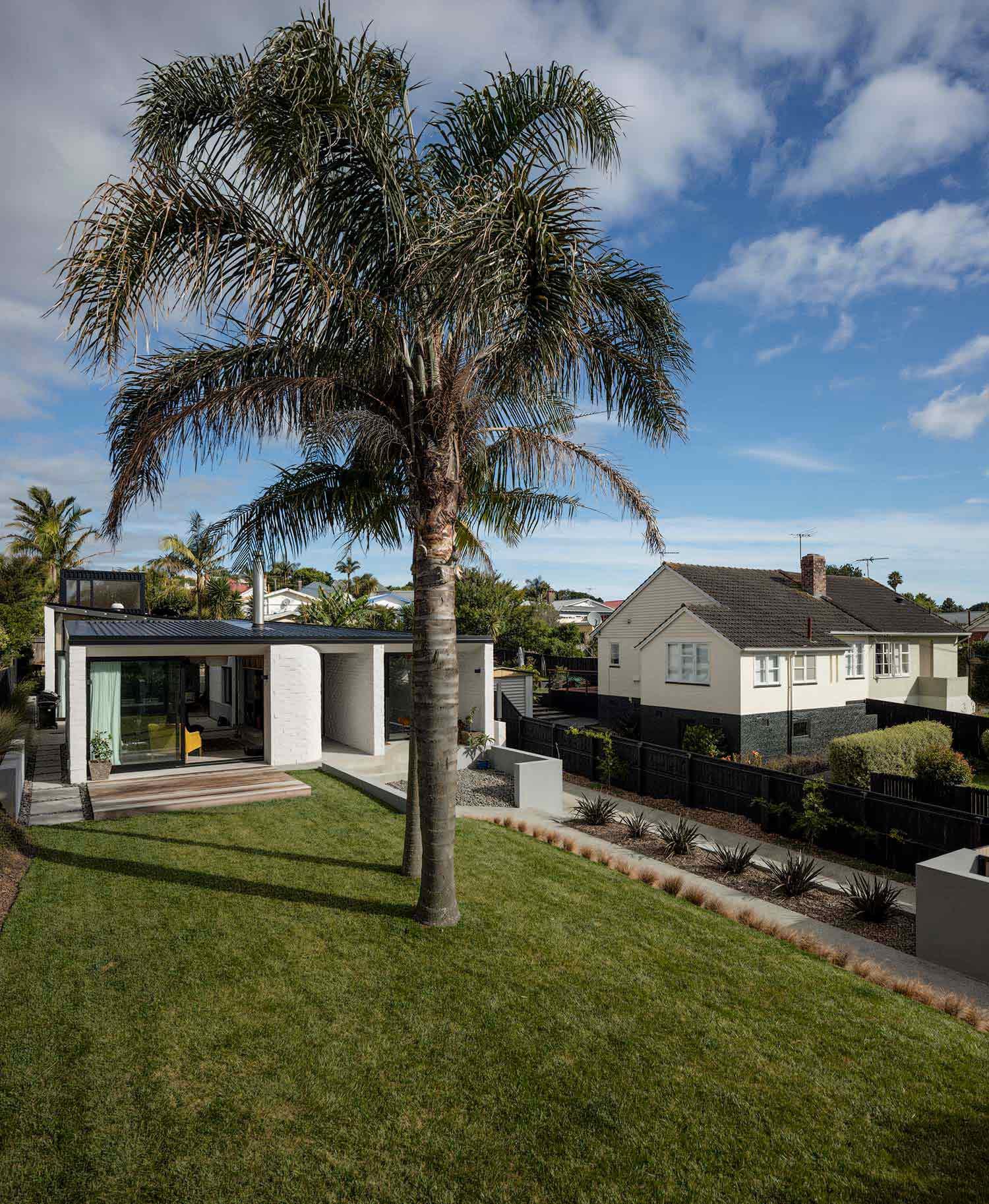 Dominic Glamuzina suburban house
