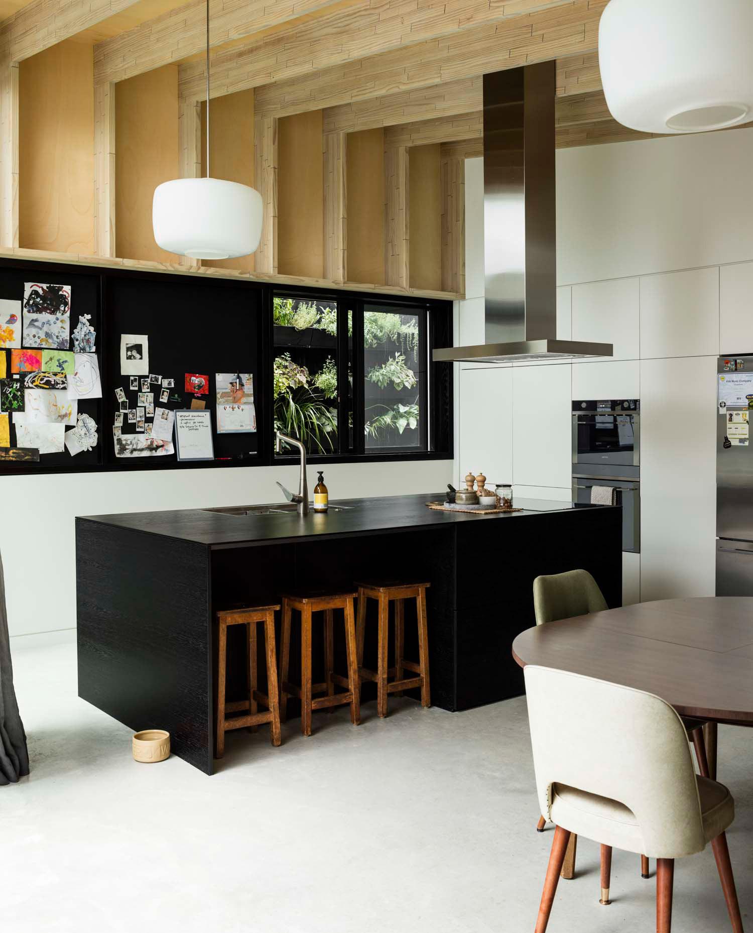 Dominic Glamuzina suburban house kitchen-dining share large space off internal courtyard