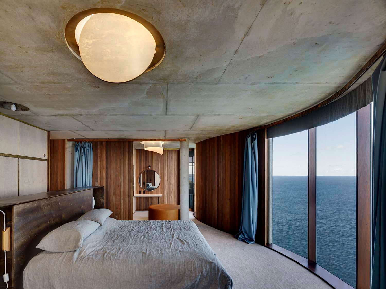 Peter Stutchbury Architecture light house escape