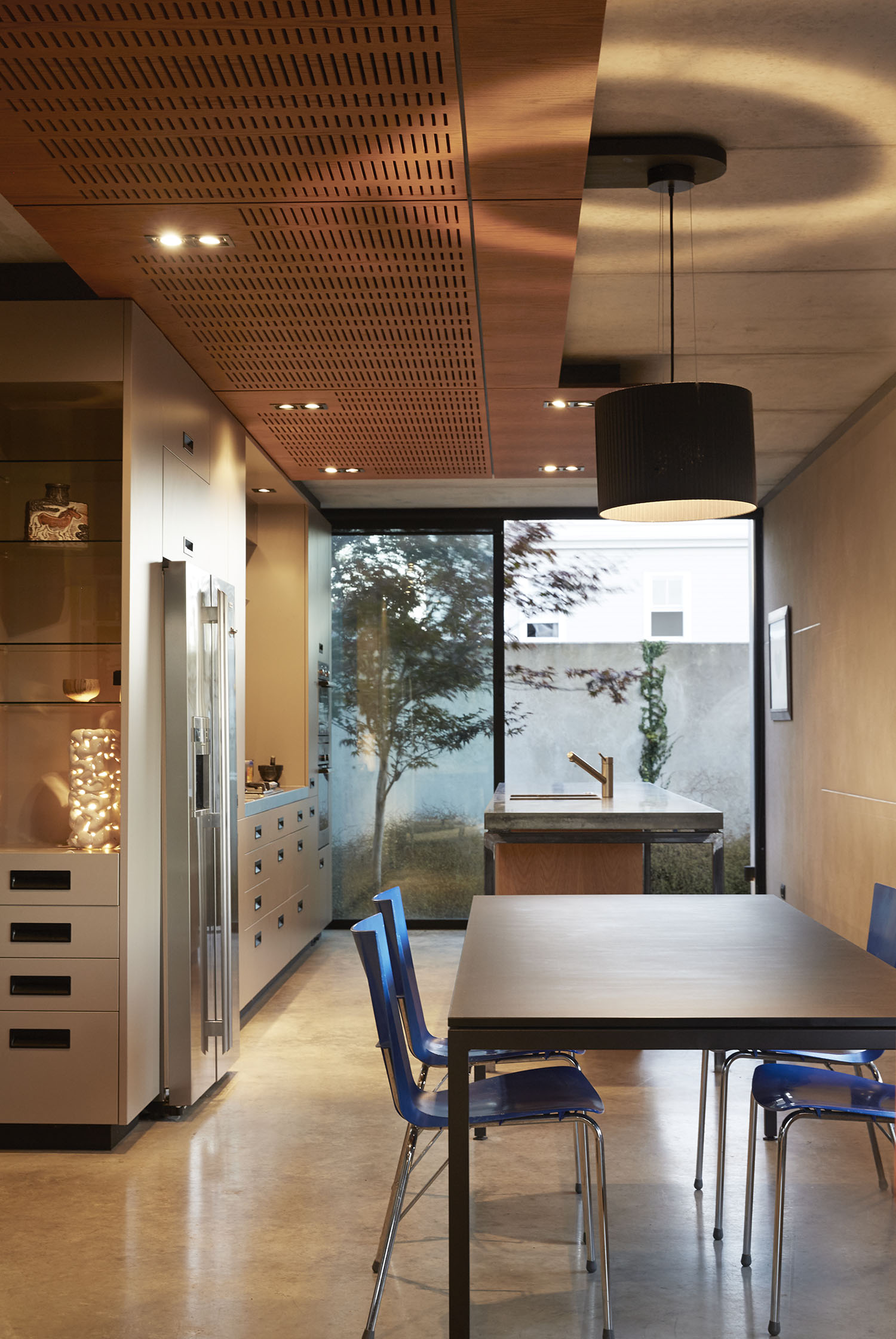 Gerrad Hall townhouse kitchen and dining extend to private courtyard