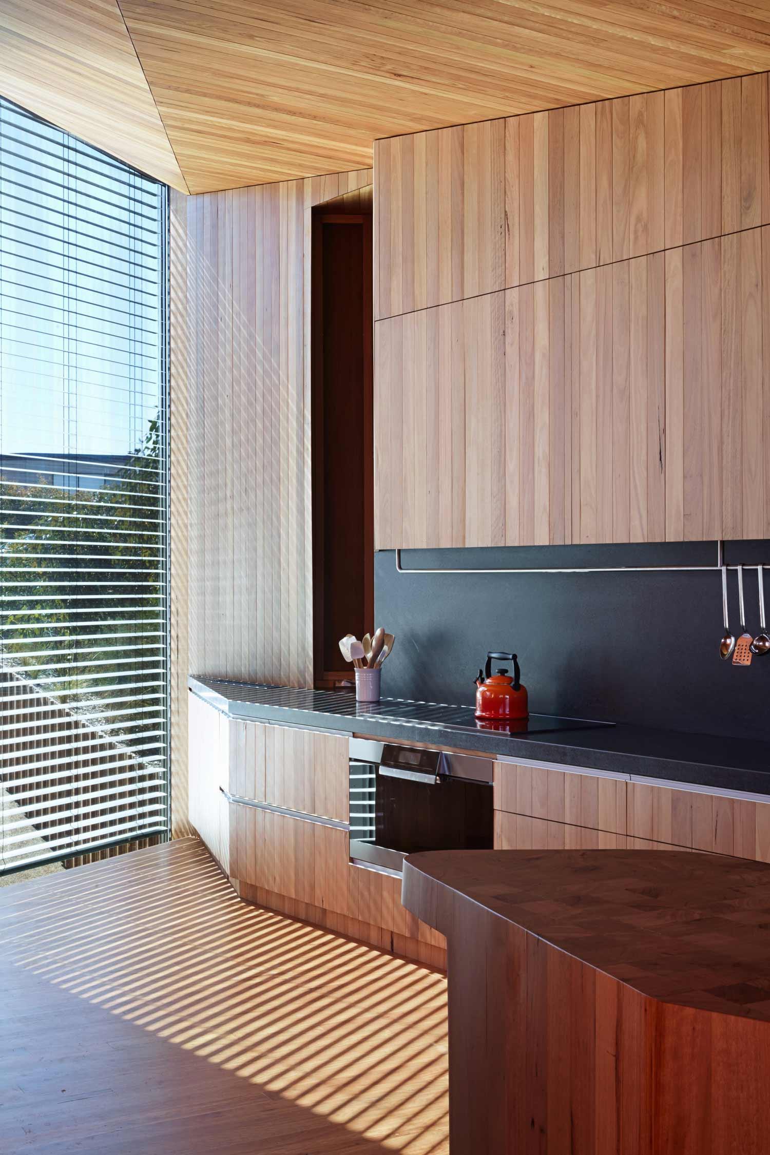 John Wardle Architects Fairhaven House kitchen