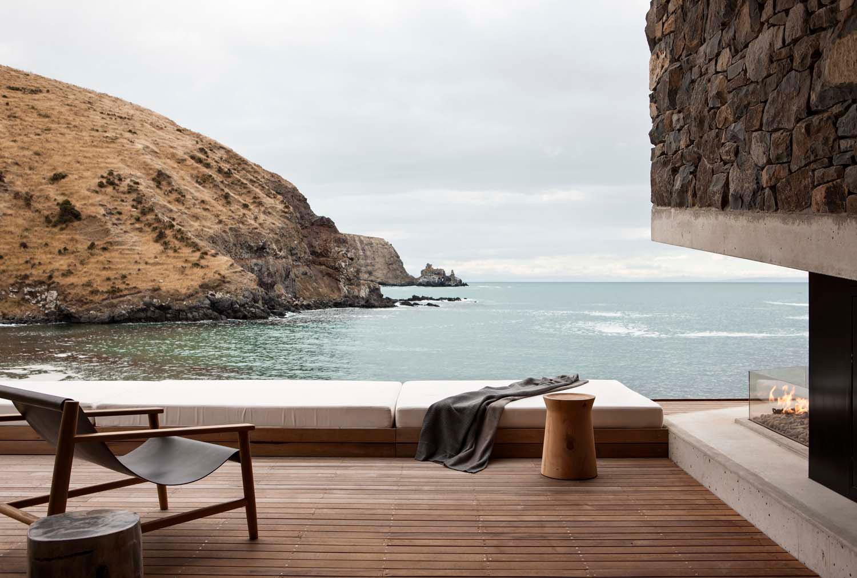 Patterson Associates seascape retreat